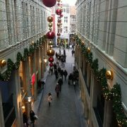 Entre Deux shopping mall